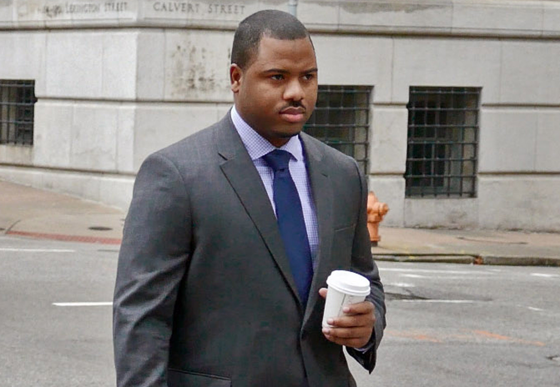 Prosecutors see ficer Porter as both a liar and a potential