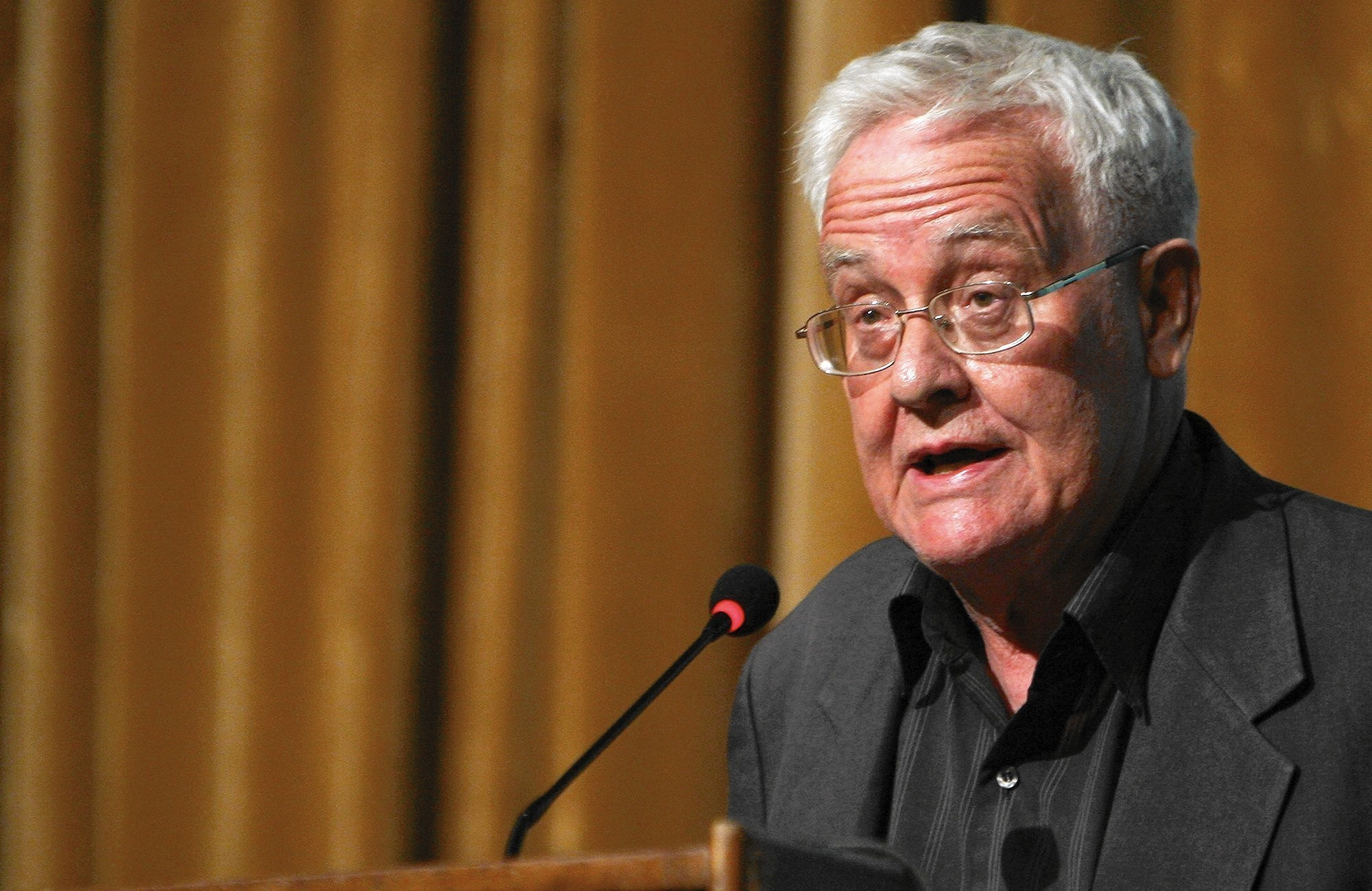benedict anderson Benedict anderson, in full benedict richard o'gorman anderson, (born august 26, 1936, kunming, china—died december 12/13, 2015, batu, indonesia), irish political scientist, best known for his influential work on the origins of nationalism.