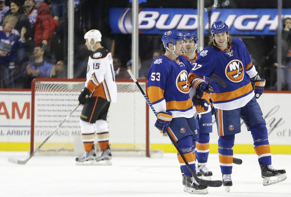 Fragile Ducks Fall To Islanders, 5-2