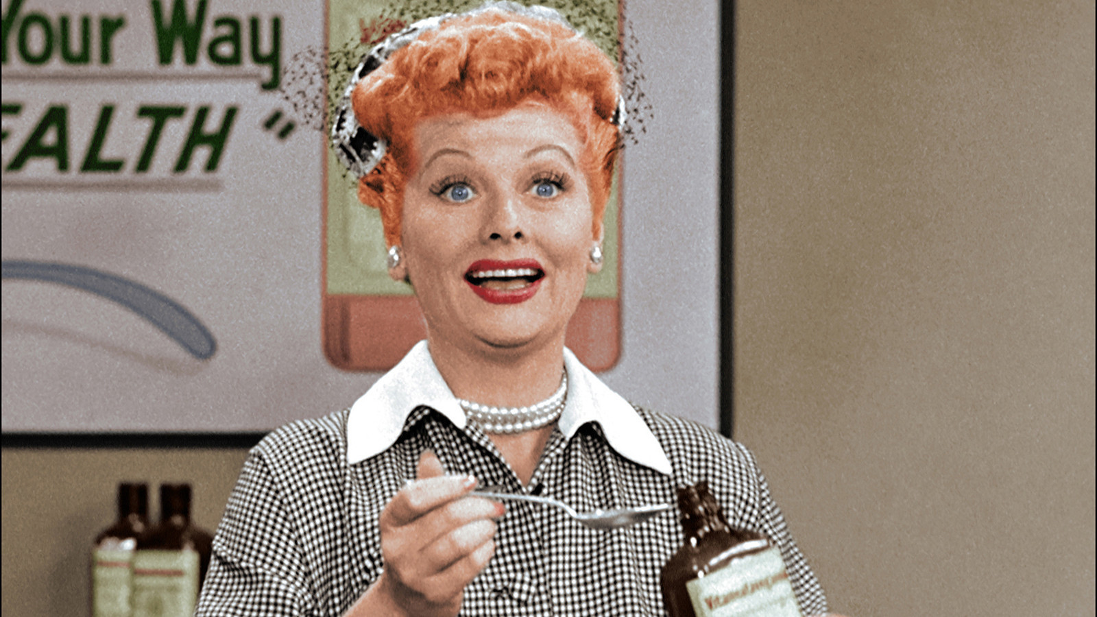 Wednesday 39 S Tv Highlights 39 I Love Lucy Christmas Special