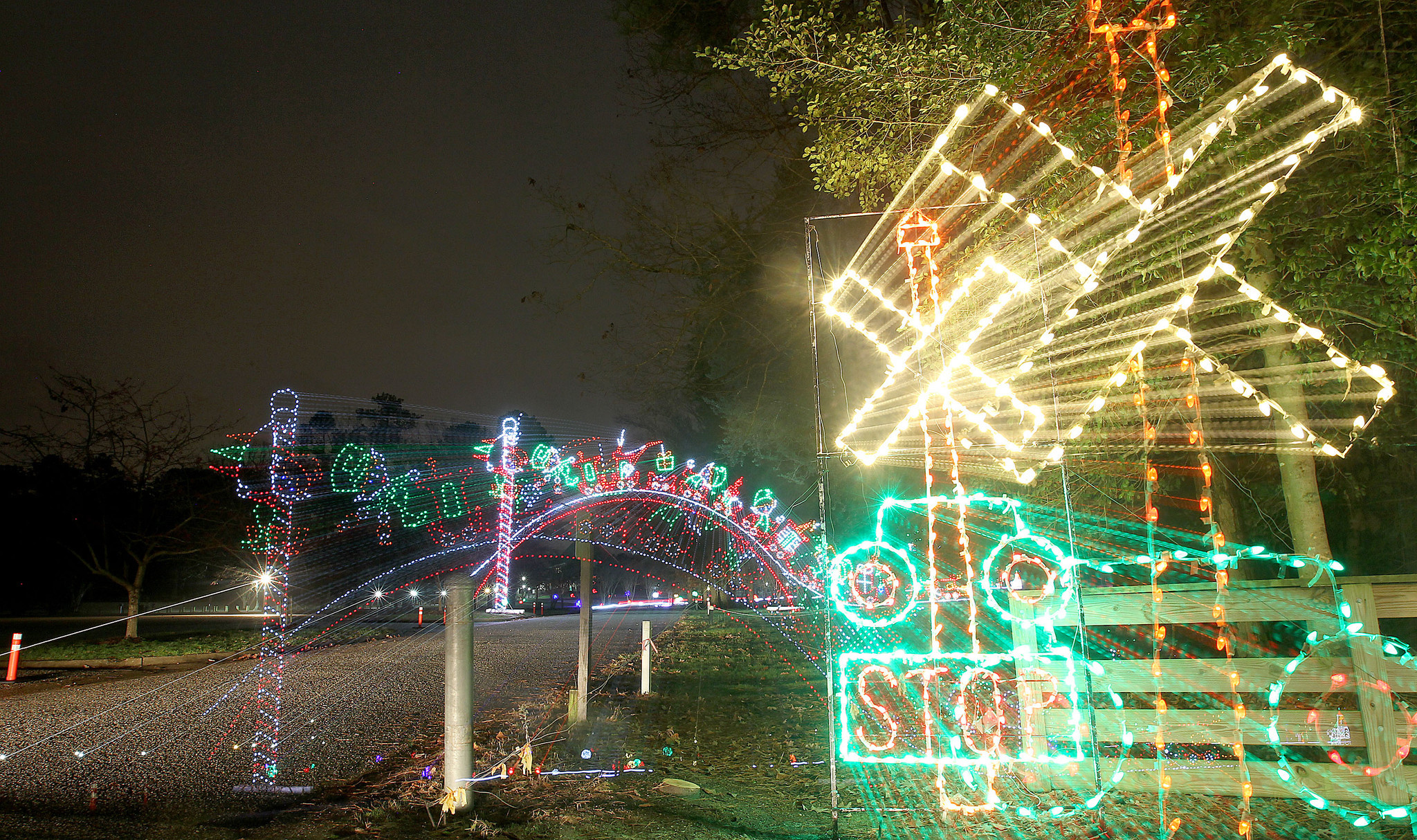 Holiday light shows galore in Hampton Roads and Richmond