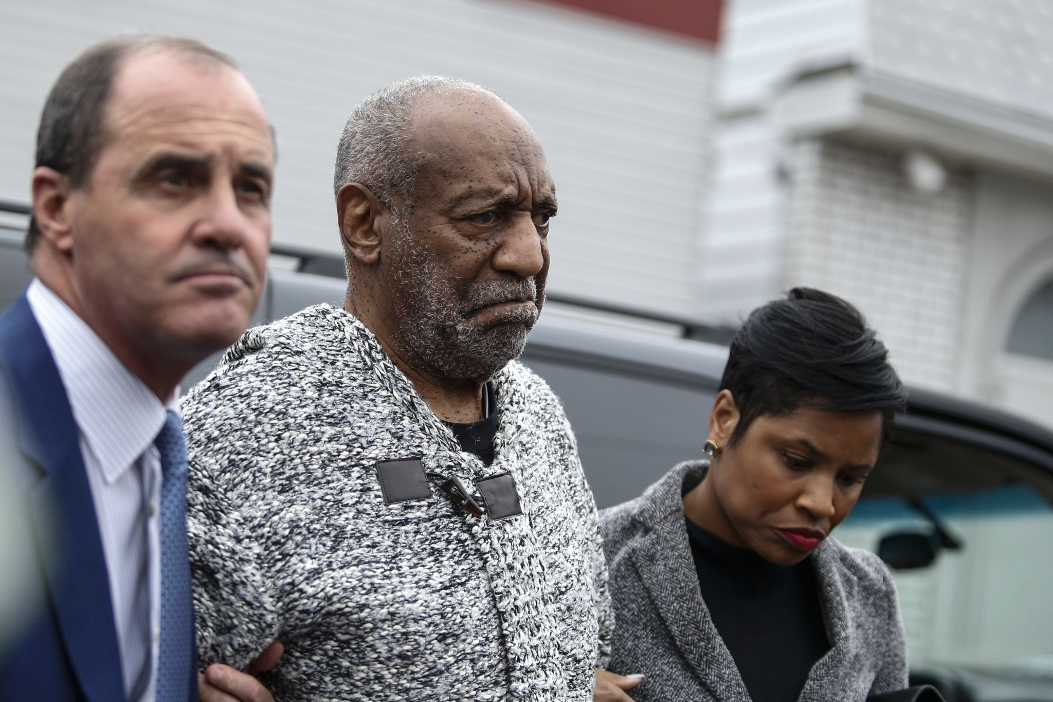 Bill Cosby's lawyer accuses prosecutor of playing politics