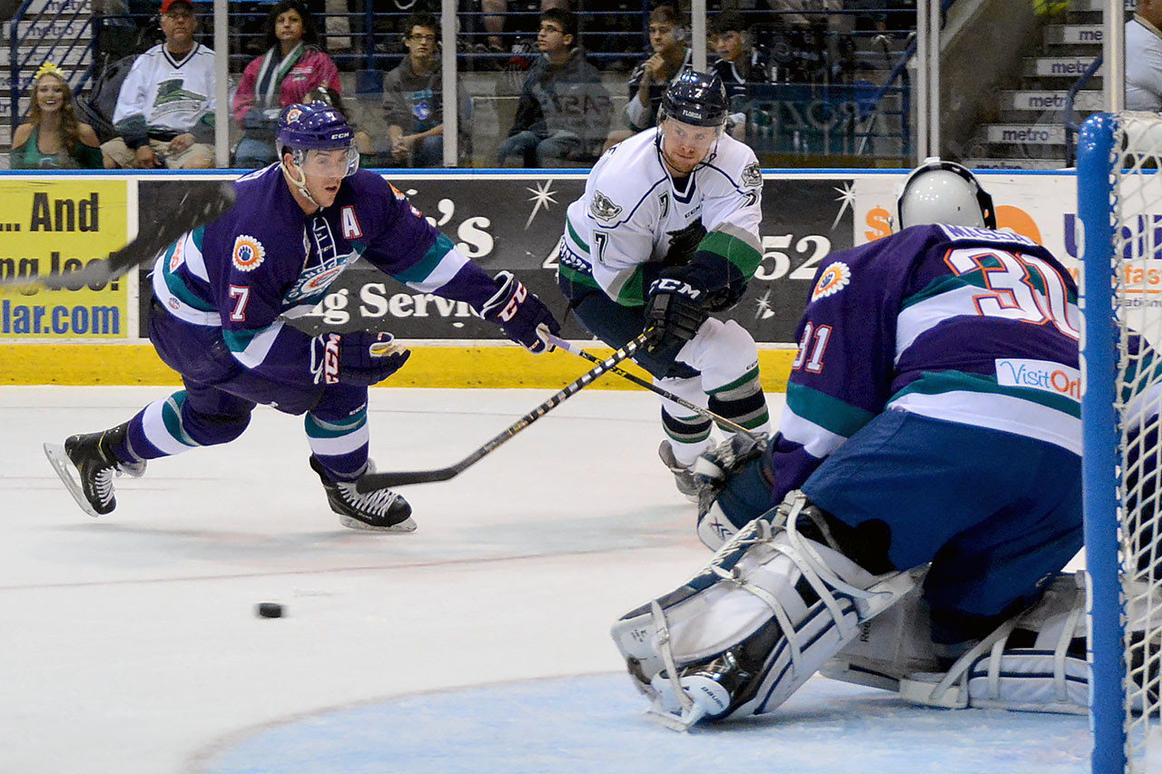 Solar Bears Snap Losing Streak With Victory Against
