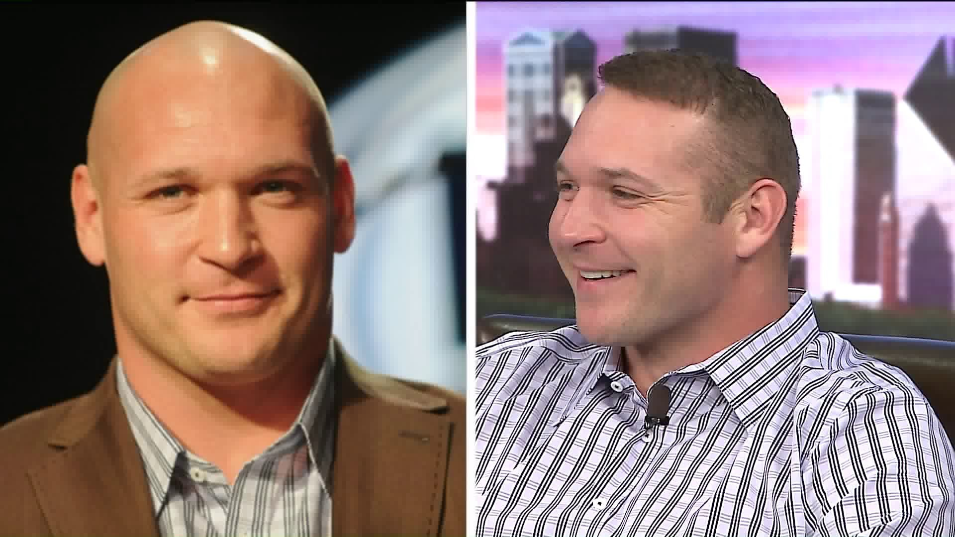 Brian Urlacher Shows Off New Head Of Hair Chicago Tribune