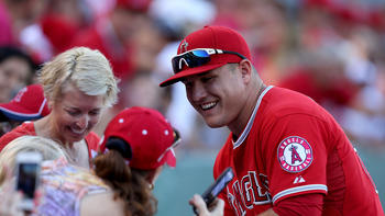 Mike Trout lifts spirits of South New Jersey family that lost home in fire