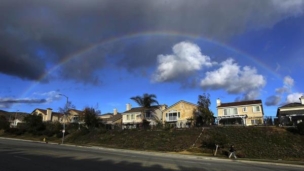 El Niño storms rolling into Southern California