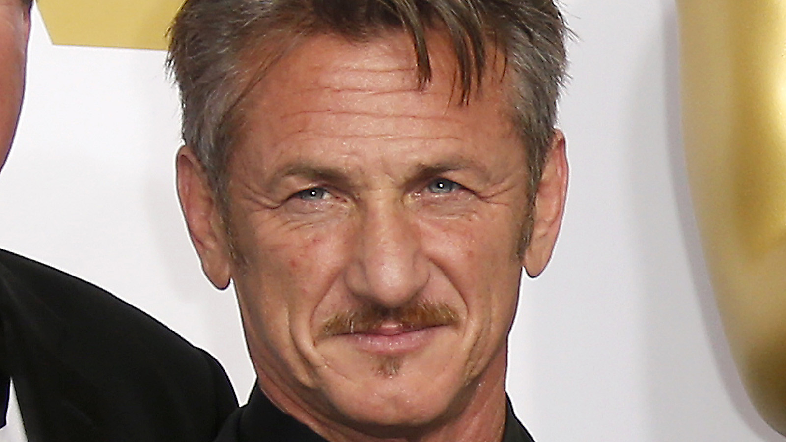 Sean Penn launches int...