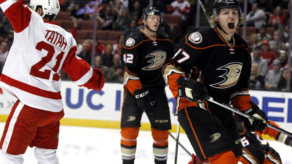 Late Mistake By Ryan Getzlaf Costs Ducks In 2-1 Loss To Red Wings