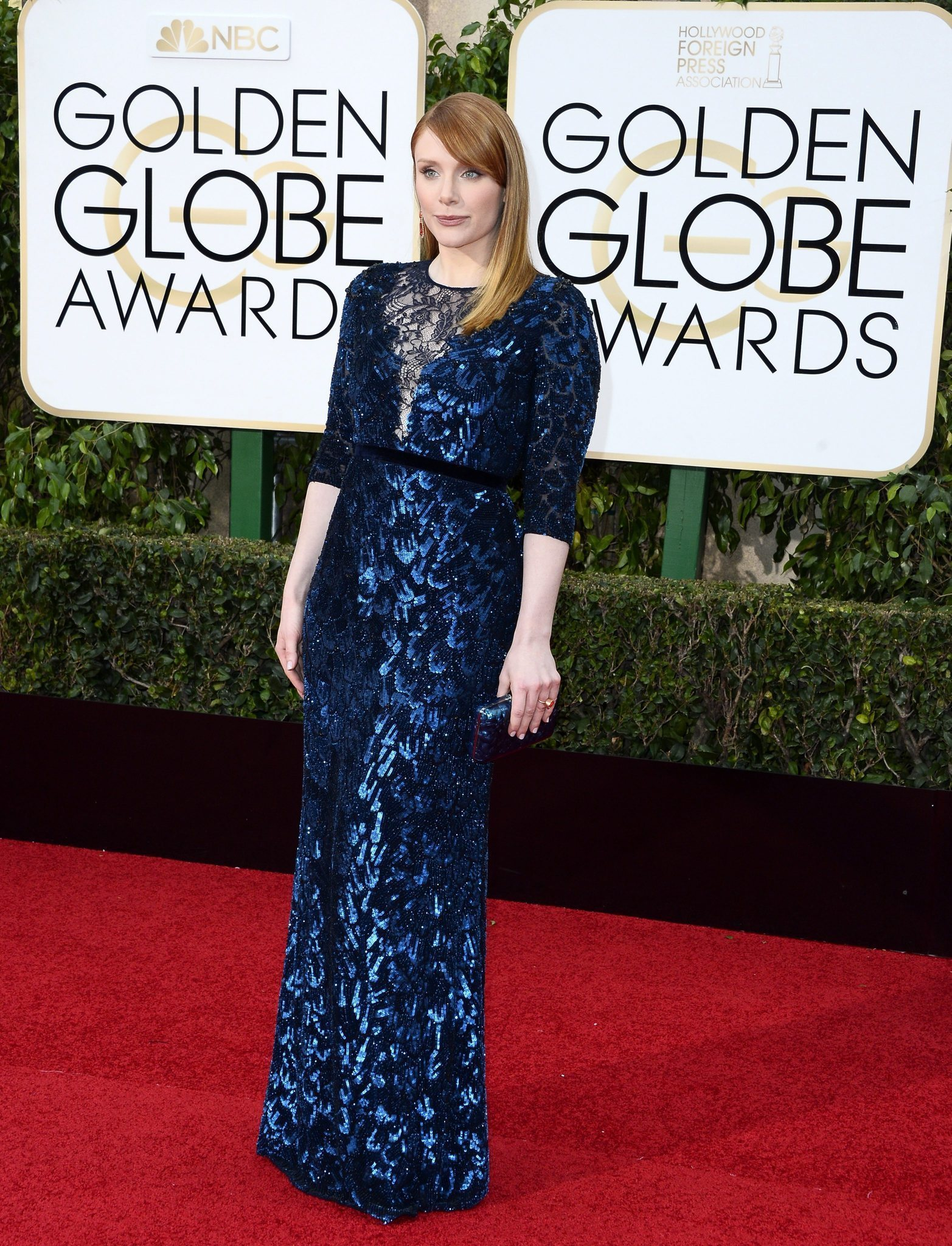 How Bryce Dallas Howard\'s size 6 dress won the Golden Globes red ...