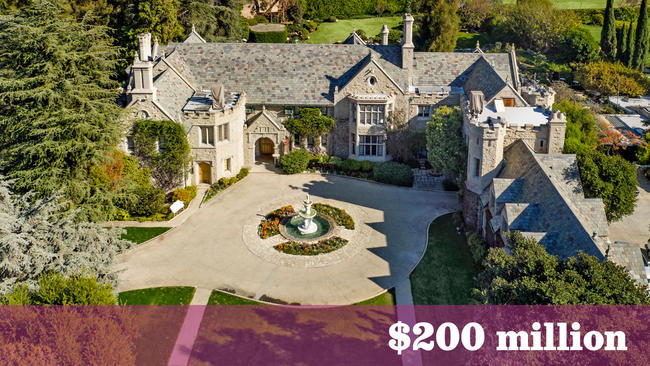 photo: house/residence of friendly charming kind  43 million earning Playboy Mansion, Holmby Hills, Los Angeles, California-resident