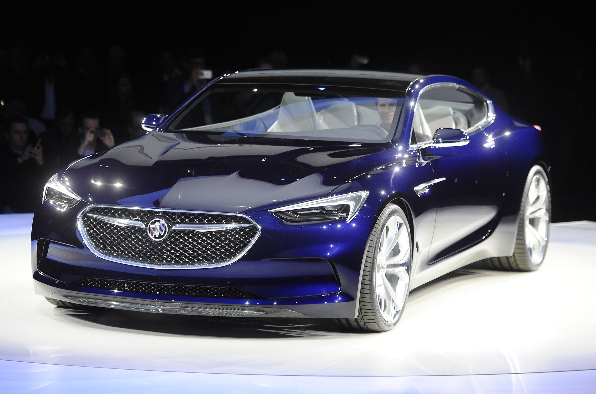 Buick Stuns Auto World With Avista Sports Coupe Concept   Chicago Tribune