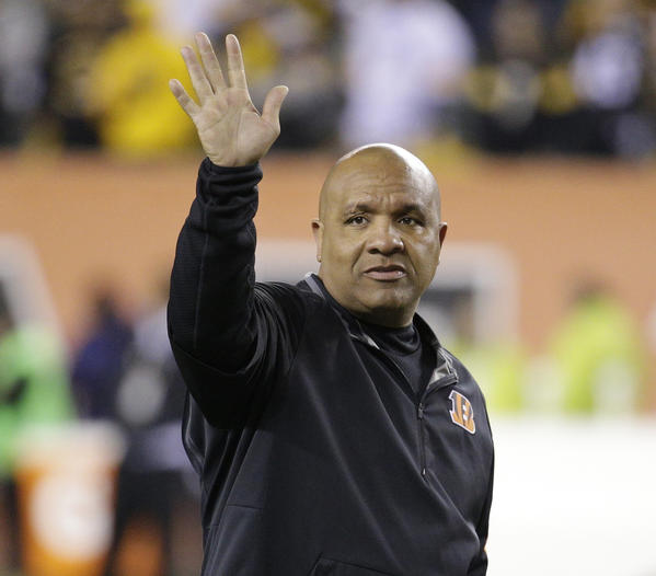 Hue Jackson will remain in the AFC North as head coach of Brown…