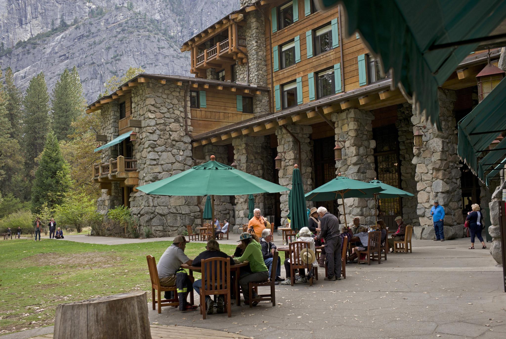Yosemite S Famous Ahwahnee Hotel To Change Name In Trademark Dispute La Times