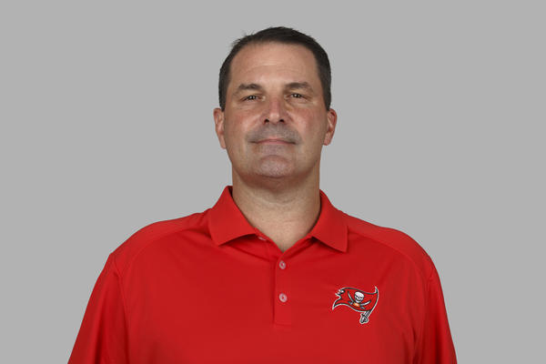 Ravens looking into hiring defensive assistant Joe Cullen