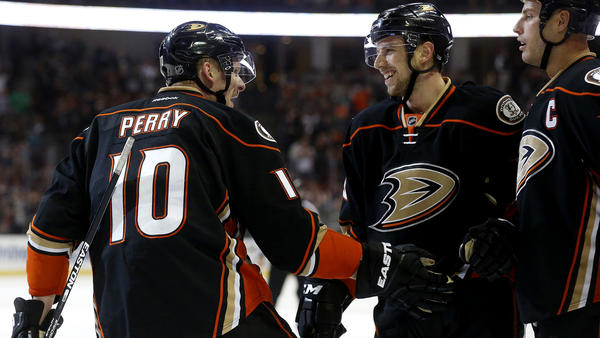 Ducks' Offense Remains Hot In 4-2 Win Over Stars