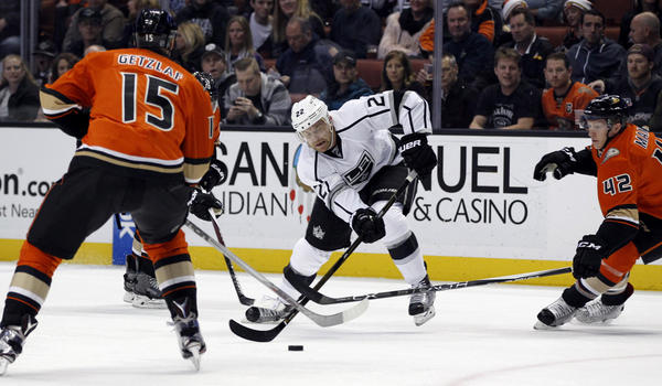 Kings Hold Off Ducks, 3-2, In A Physical Matchup