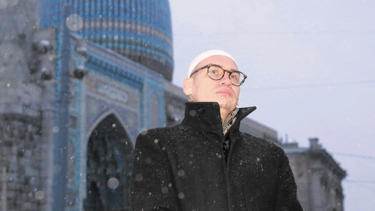 Activists turn tolerant St. Petersburg into homophobic city - LA Times