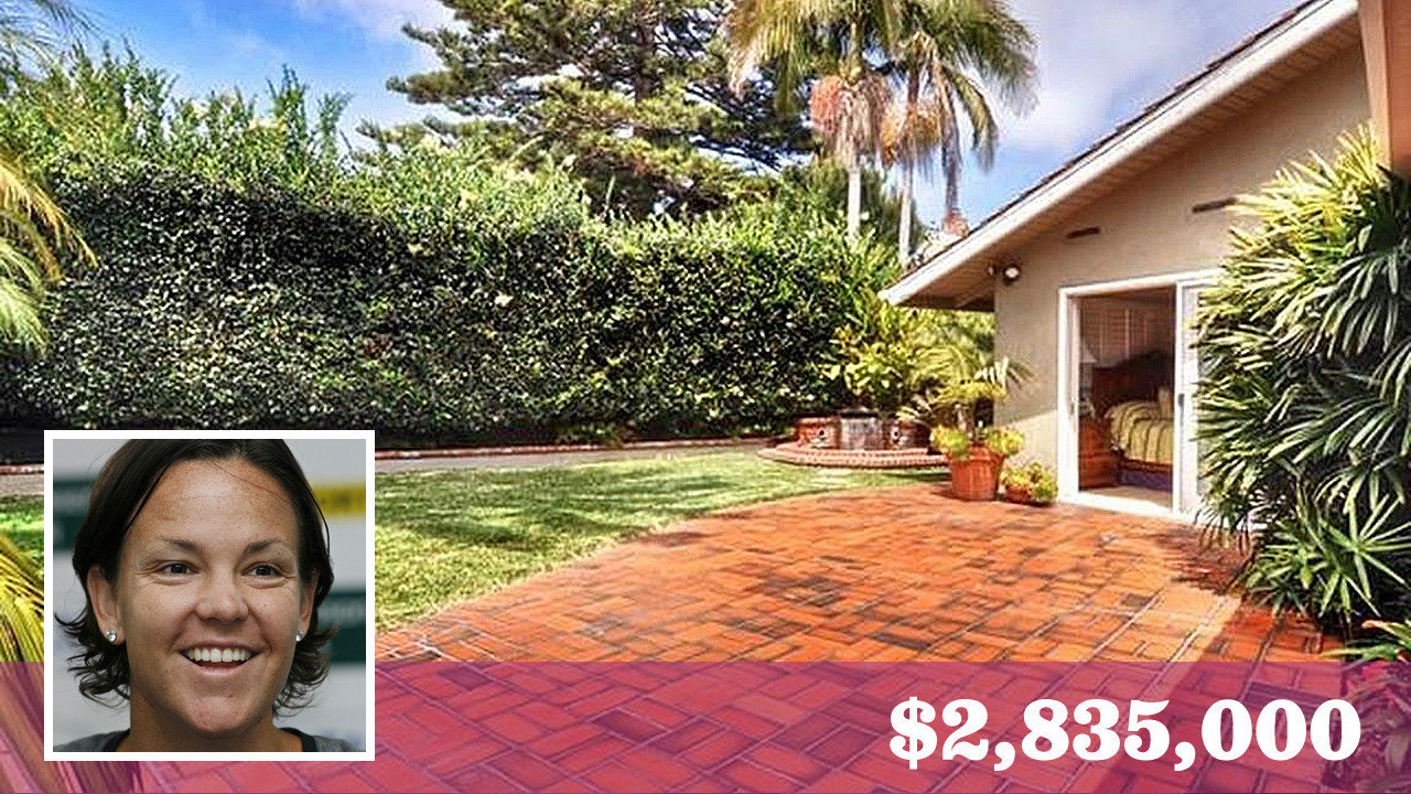 Former tennis champ Lindsay Davenport parts with her Laguna Beach