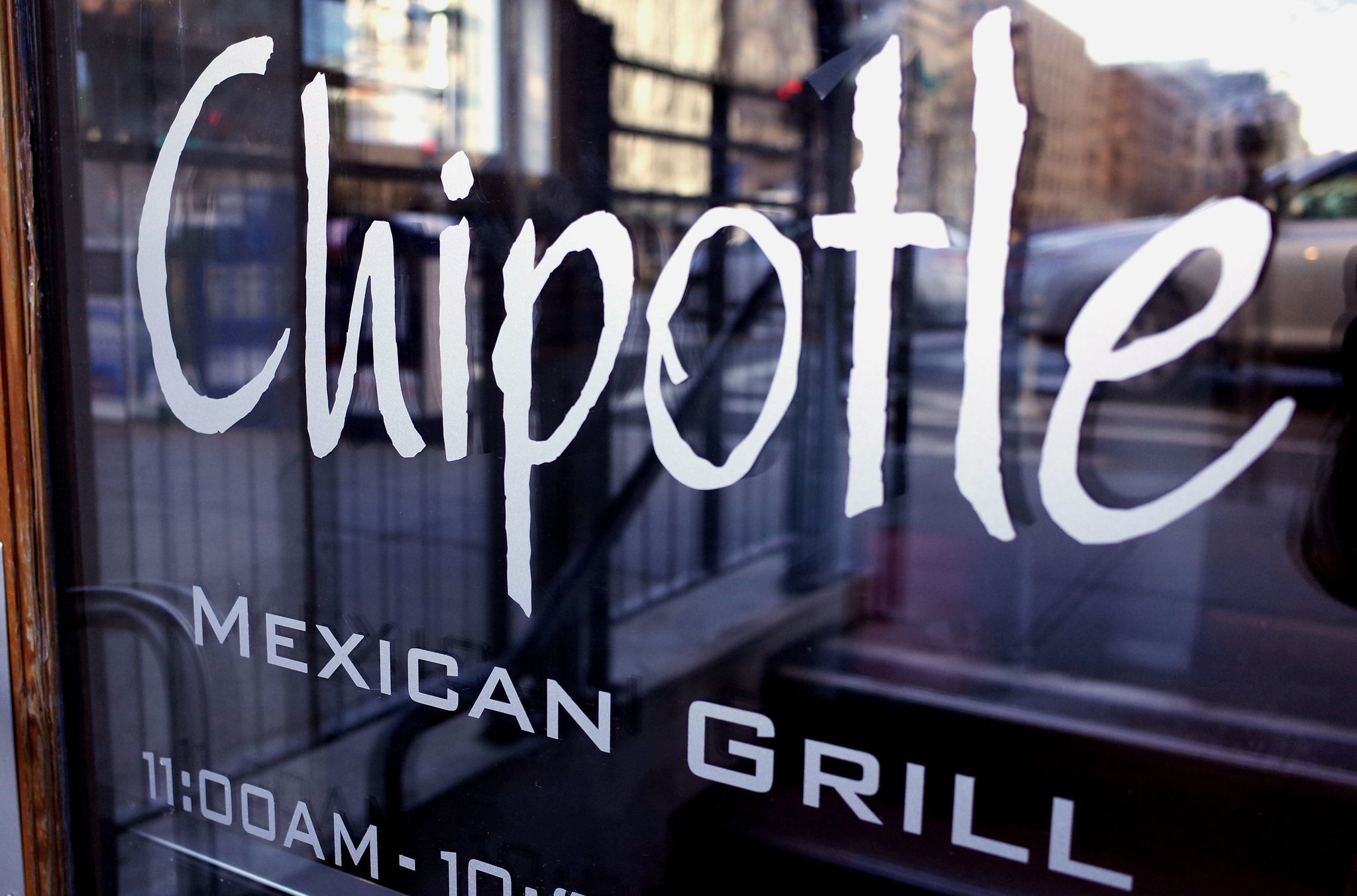 Chipotle will close Feb. 8 for companywide meeting on food safety