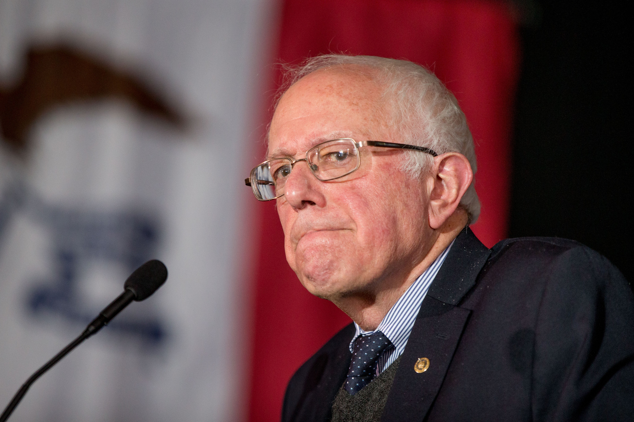 Bernie Sanders misfires on gun law repeal - Chicago Tribune