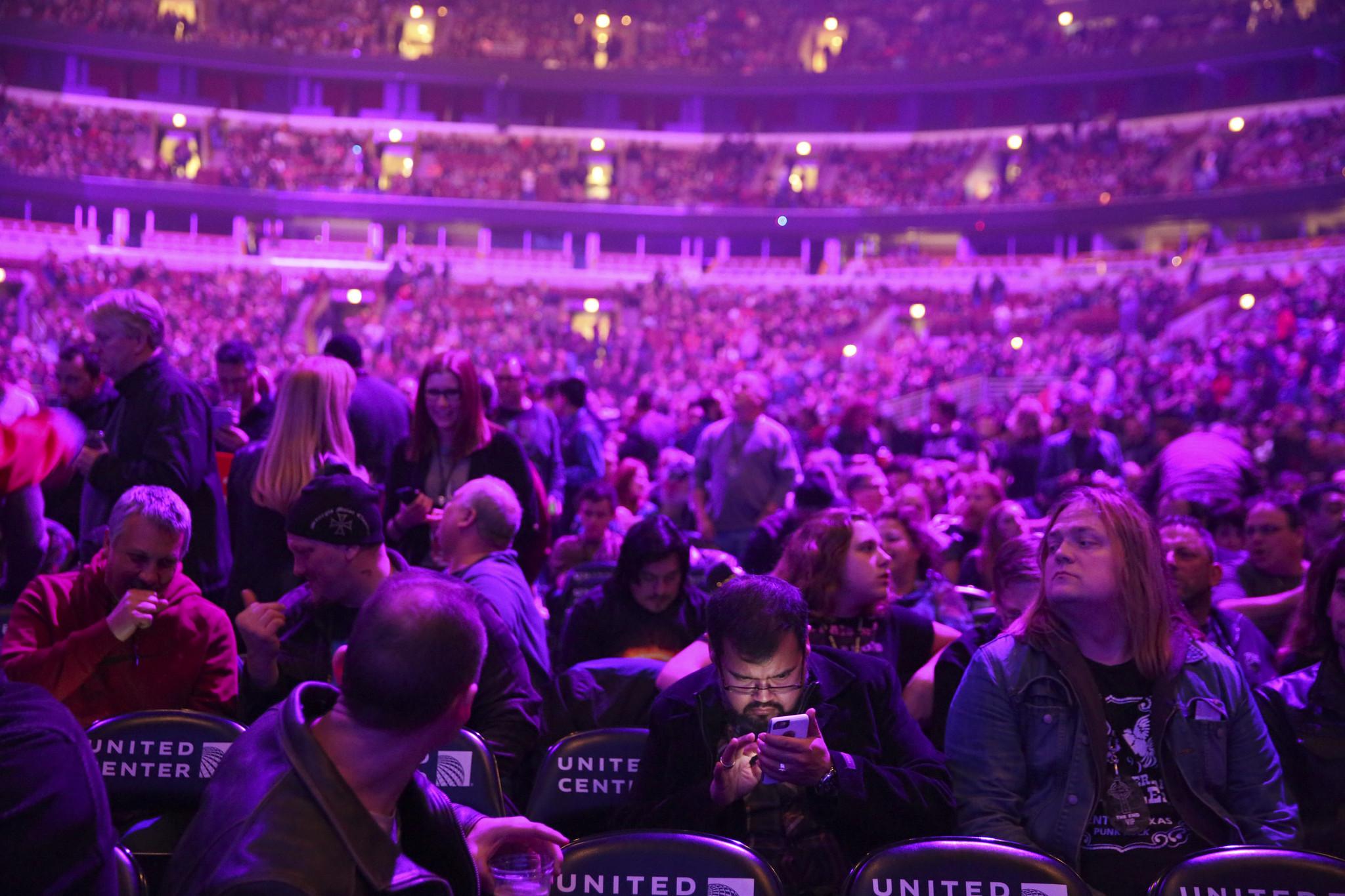 Black Sabbath says farewell at United Center