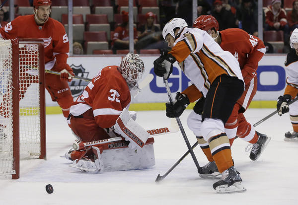 Ducks Continue Success In Detroit With 4-3 Win