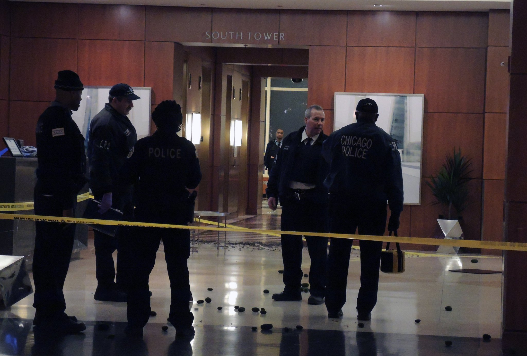 Man killed inside Hyatt hotel's lobby at McCormick Place