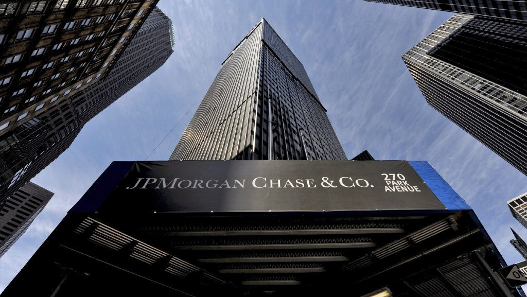 the lehman brothers company essay Read this full essay on the lehman brothers bankruptcy many companies  around the world are affected by bankruptcy at a certain time in their financial  year.