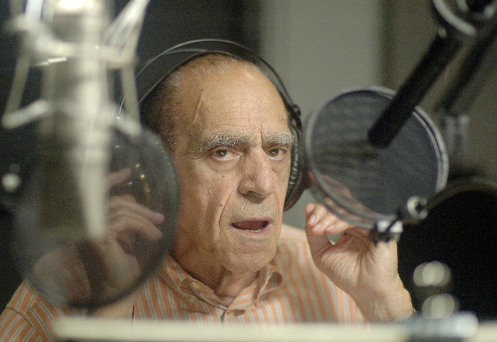 39 godfather 39 39 barney miller 39 actor abe vigoda dead at 94 for Barney miller fish