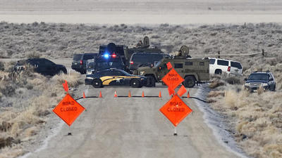 Three more arrests at Oregon refuge as some holdouts leave voluntarily
