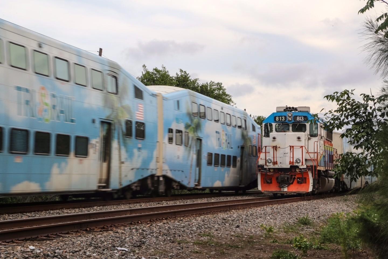 Image Gallery Tri Rail Engines