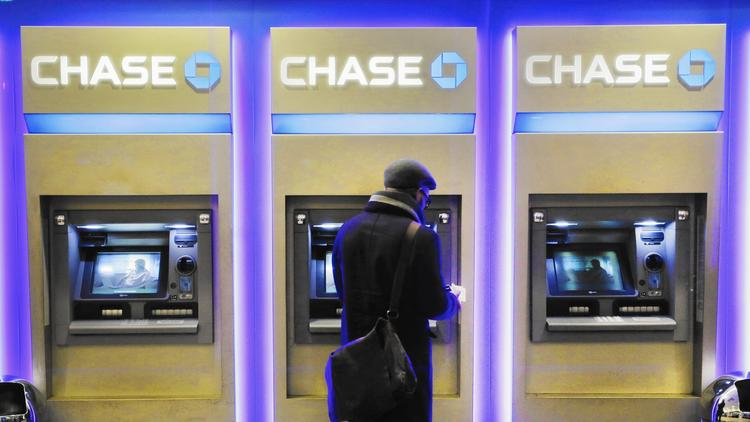 Big U.S. banks are set to roll out ATMS that take smartphones, not cards