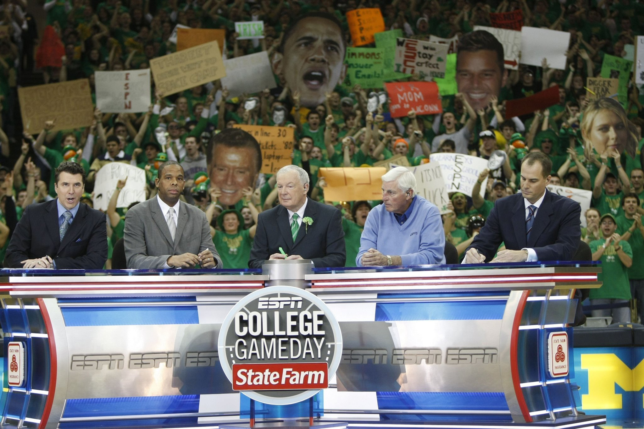 Ct-college-gameday-notre-dame-20160130