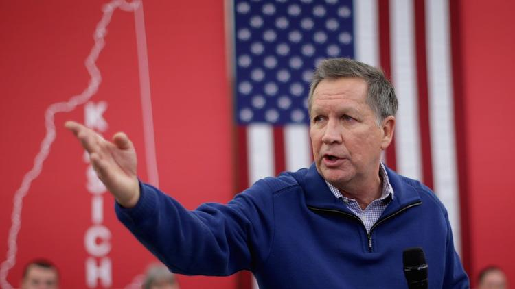 Republican presidential candidate and Ohio Gov. John Kasich campaigns in Bow, N.H. (Chip Somodevilla / Getty Images)