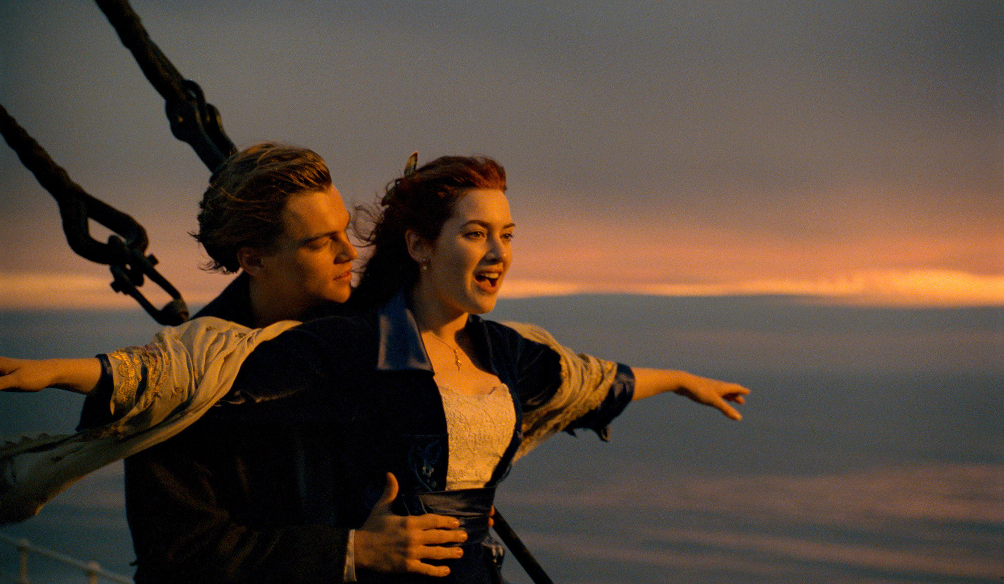 Even Kate Winslet thinks Rose let Jack die in 'Titanic ...