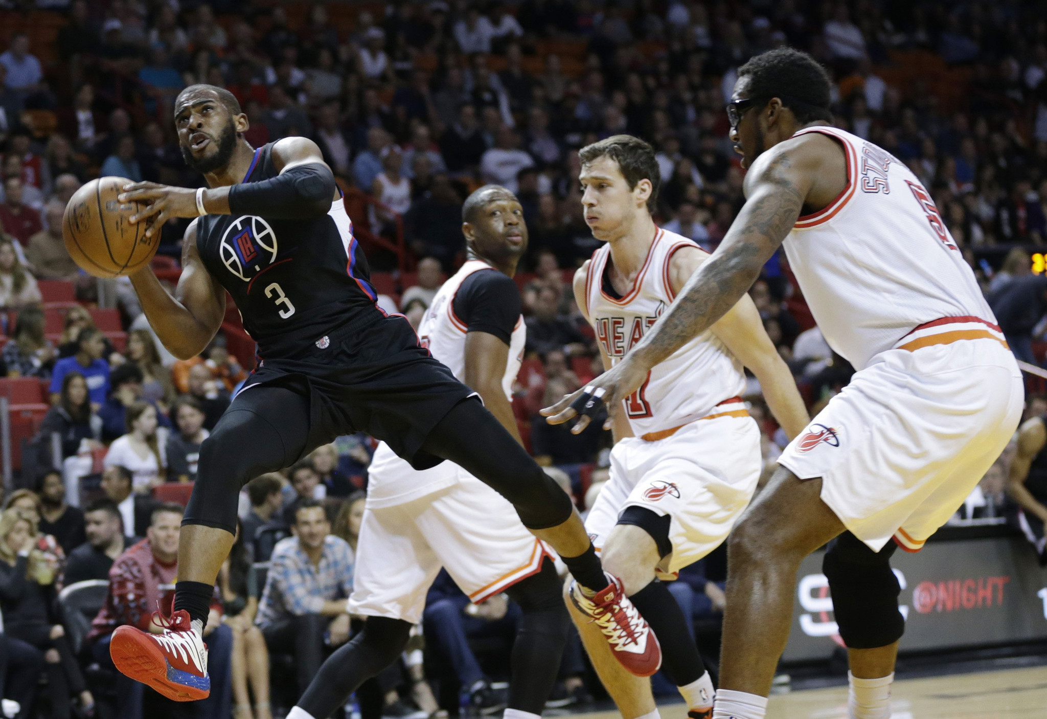 La-sp-clippers-heat-20160208