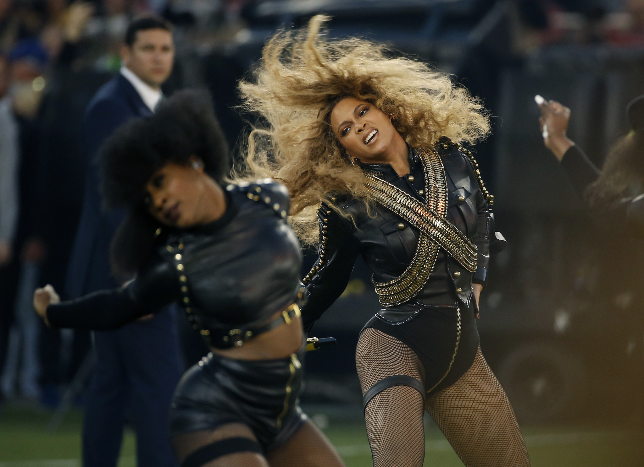 Ct-super-bowl-halftime-show-2016-pictures-20160207