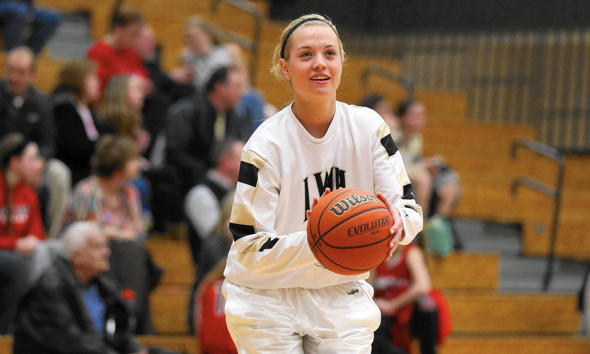 Girls Basketball Notes Lincoln Way North S Lanie Hicks
