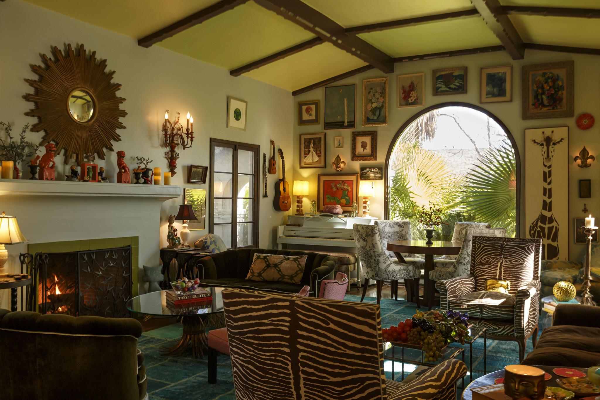 16 ways to hang art salon-style - LA Times