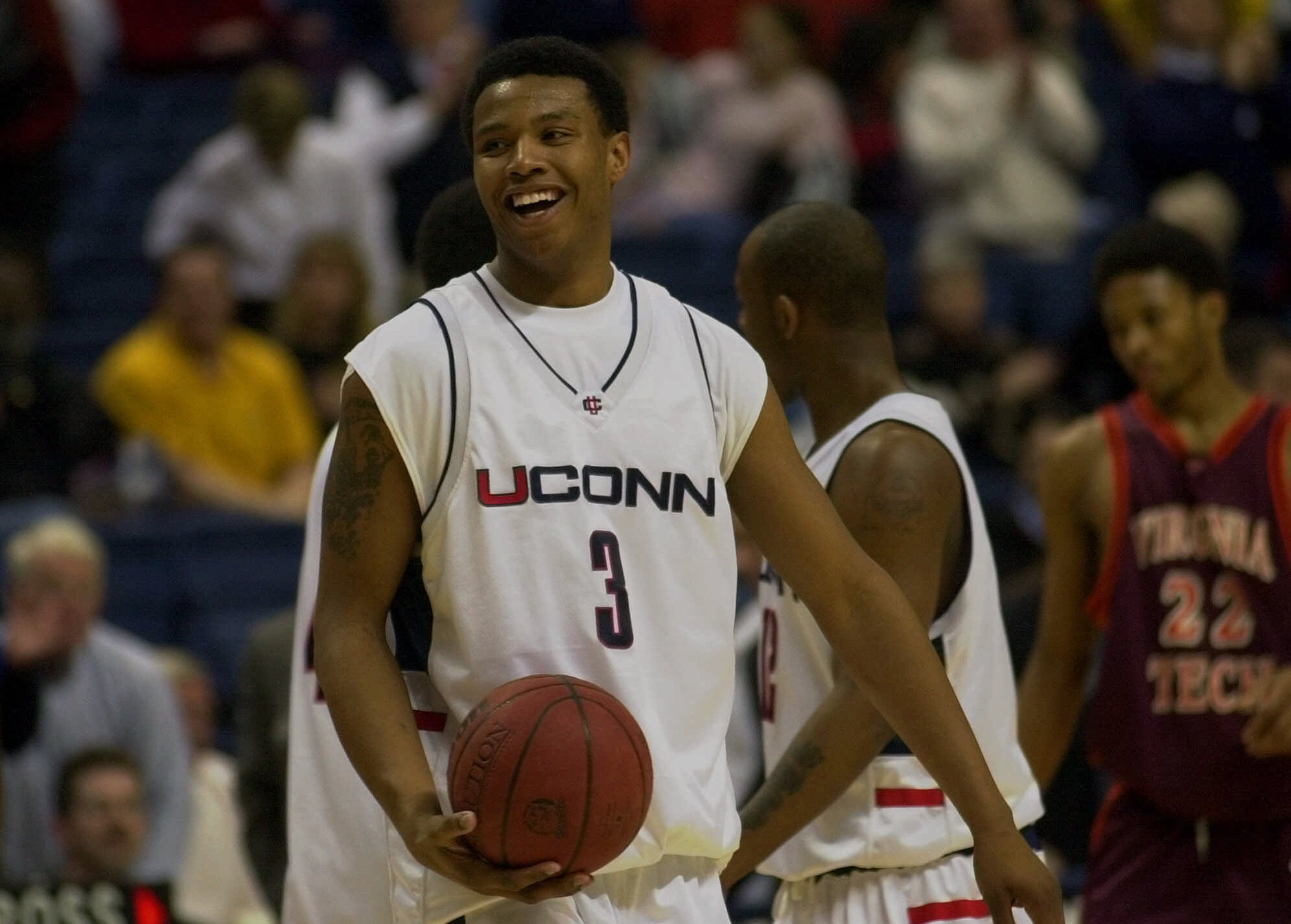 Former UConn Forward Caron Butler To Be Added To Huskies Honor