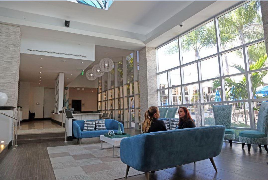 sawgrass grand hotel getting 5 million makeover sun sentinel. Black Bedroom Furniture Sets. Home Design Ideas