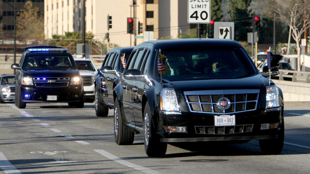 President Obama's motorcade travels Hollywood Way after landing in Marine One at Bob Hope Airport in Burbank in February.