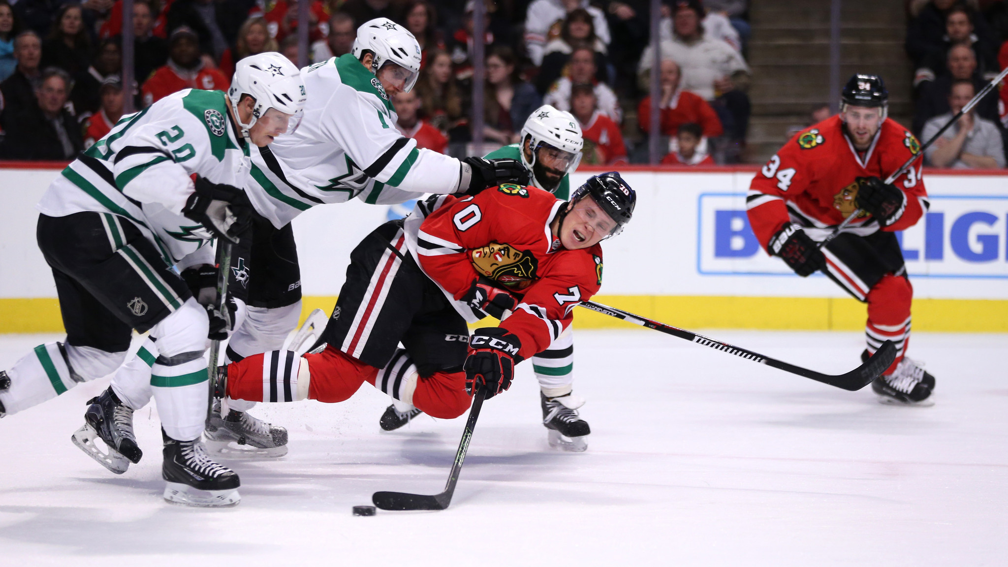 Ct-blackhawks-vs-stars-photos-spt-20160211