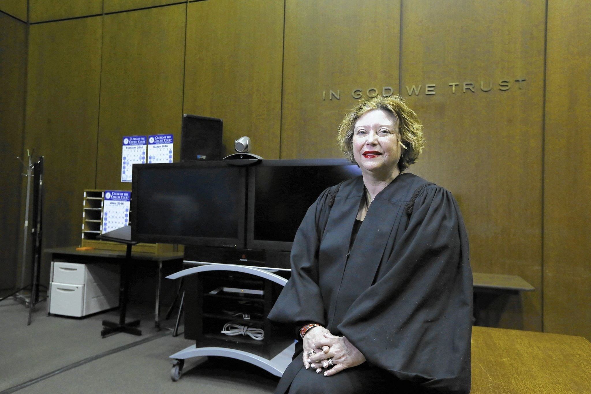 Difficult Prison Divorces Easing With Judge S Help