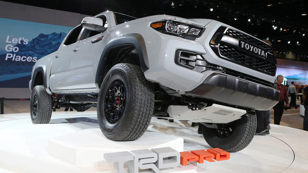 2017 Toyota Tacoma Trd Pro Rumbles Into Chicago Auto Show Chicago