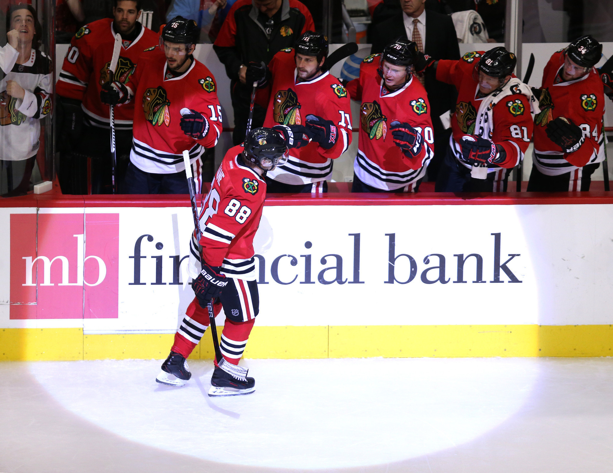 Ct-toews-kane-pairing-blackhawks-spt-0213-20160212