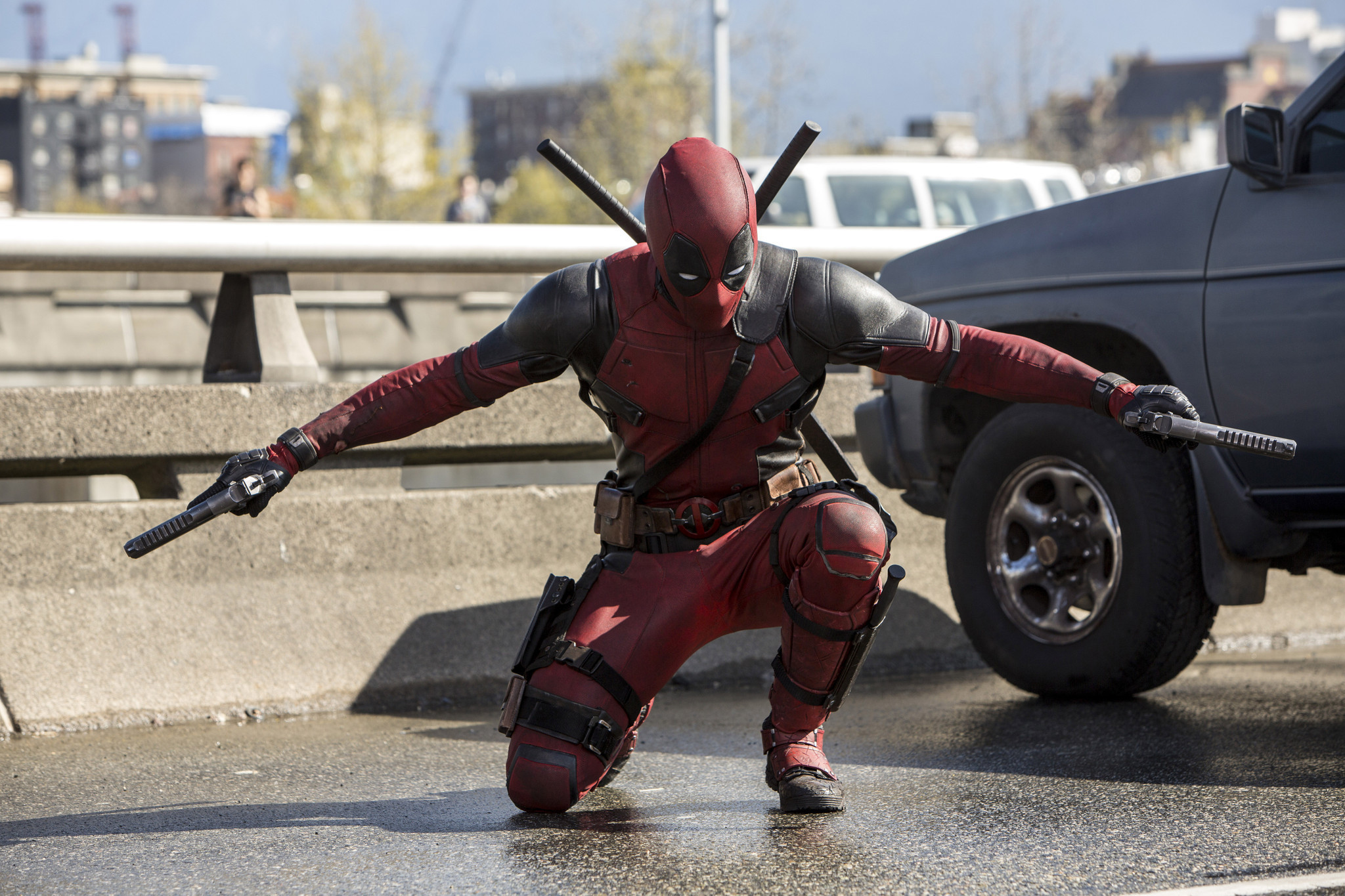 'deadpool' Gets The Laugh On 'how To Be Single' And 'zoolander