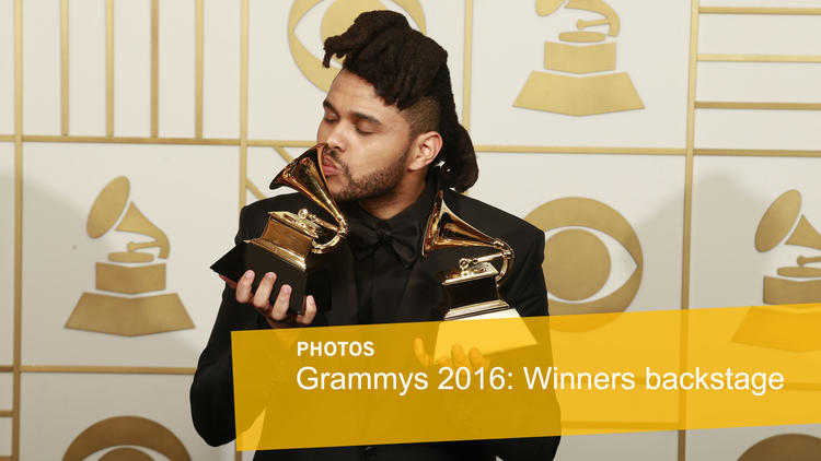 Grammys 2016 winners captured backstage moments after they get their trophies