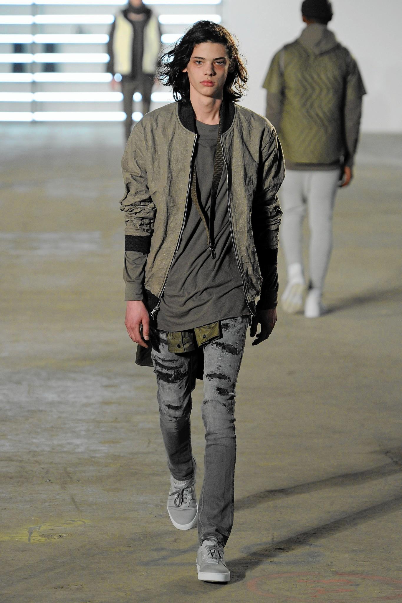 Men 39 S Fashion Week New York Top Trends Chicago Tribune