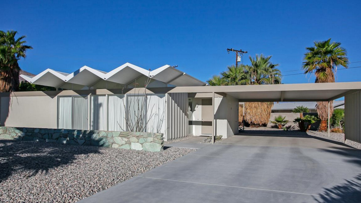 For modernism week here are five midcentury modern homes for Mid century modern la